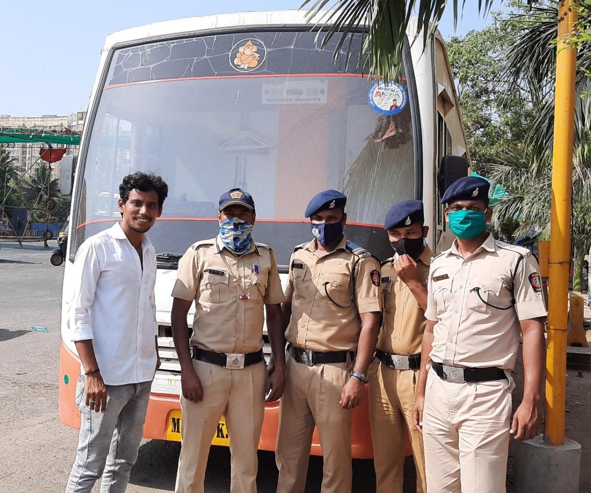 Mumbai Police on COVID-19 duty get vanity vans from the sets of 'Gangubai Kathiawadi' and 'Cirkus'