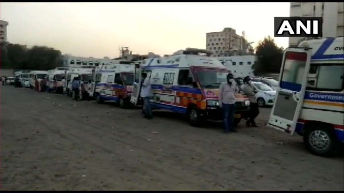 Ambulances, carrying COVID-infected patients, seen in a long queue outside Civil Hospital in Rajkot, Gujarat on 18 April, 2021.