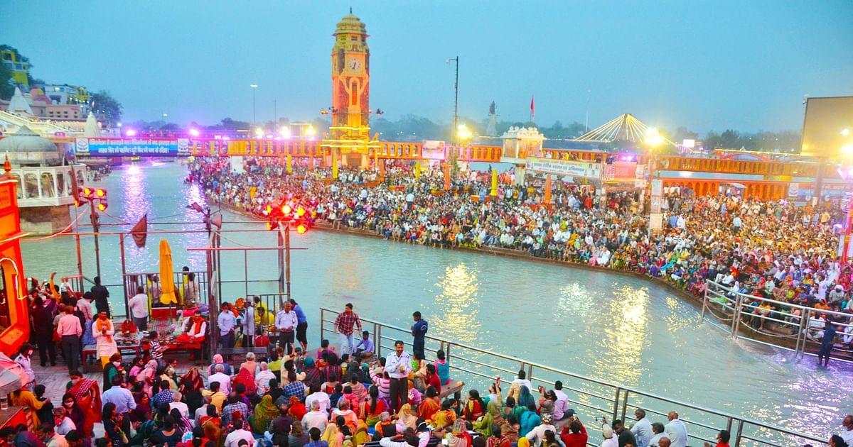 Swami Avdheshanand Giri of Juna Akhara ends Kumbh Mela after PM Modi's request
