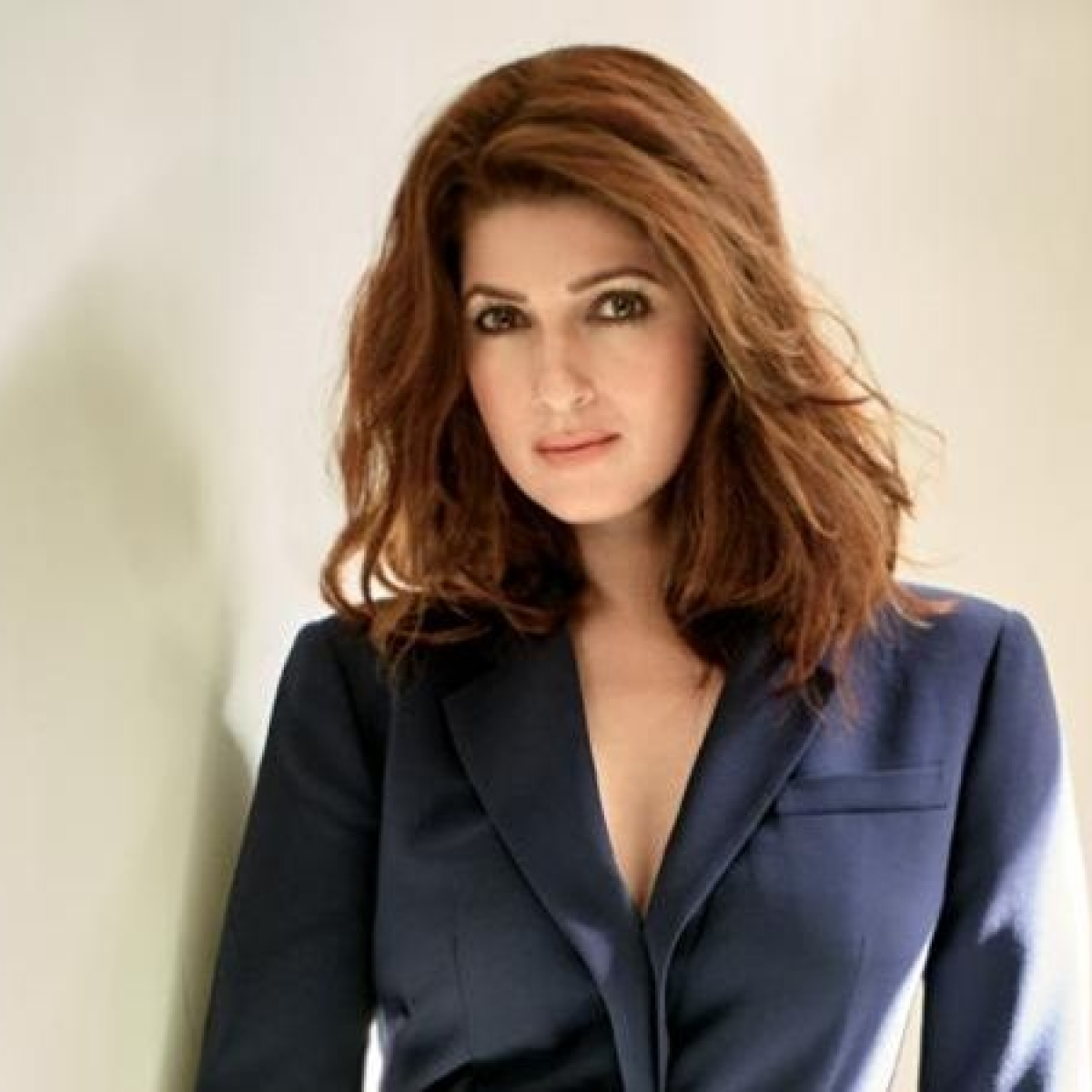 Twinkle Khanna to distribute 100 oxygen concentrators amid COVID-19 crisis