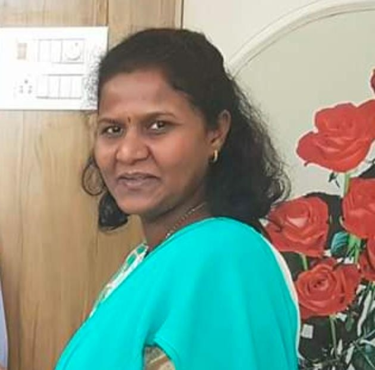 Ulhasnagar: Civic body senior officer accused of flouting covid norms; calls staff at her residence for signing files despite testing positive