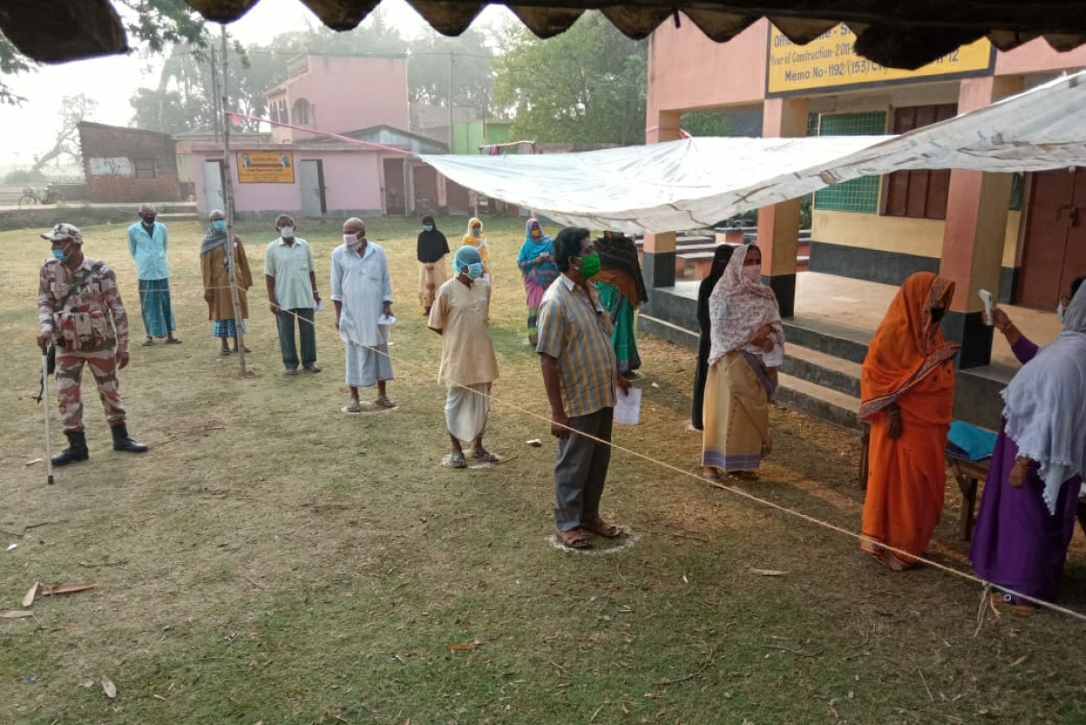 West Bengal assembly elections: Amid sporadic violence, fourth phase of poll sees large turnout of voters