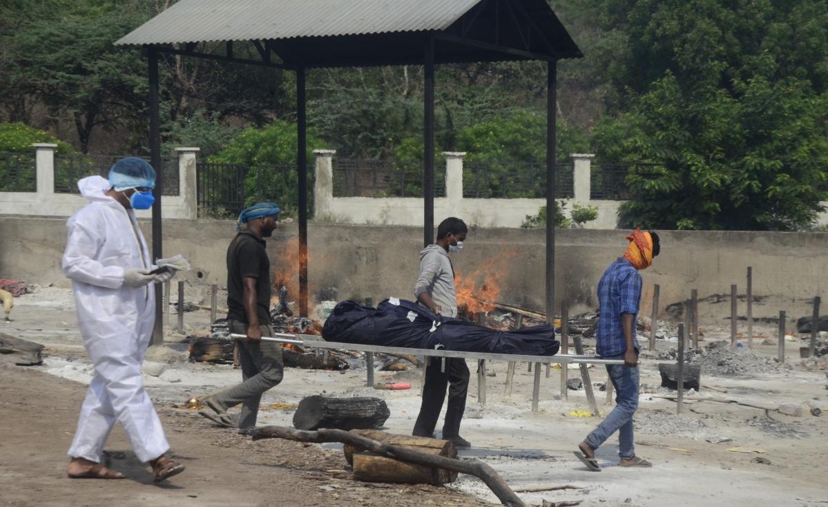 Bhadbhada Vishram Ghat overflowing with bodies.