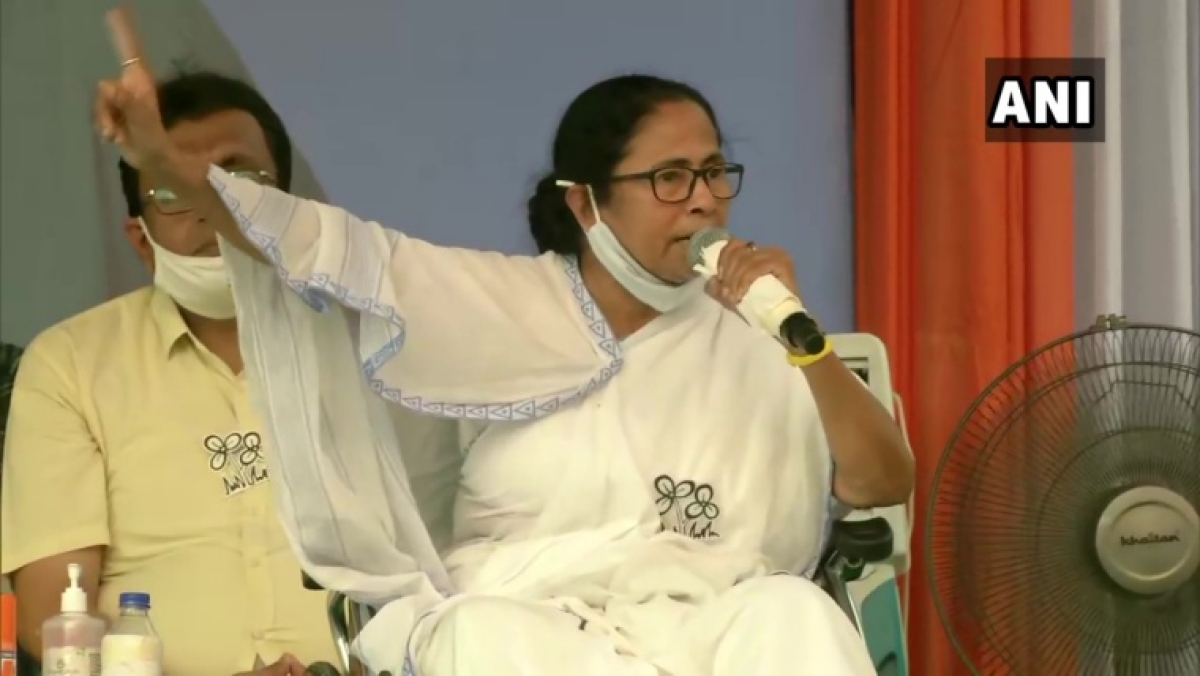 'BJP hatao desh bachao': Mamata Banerjee lashes out at PM Modi in Dum Dum amid West Bengal polls