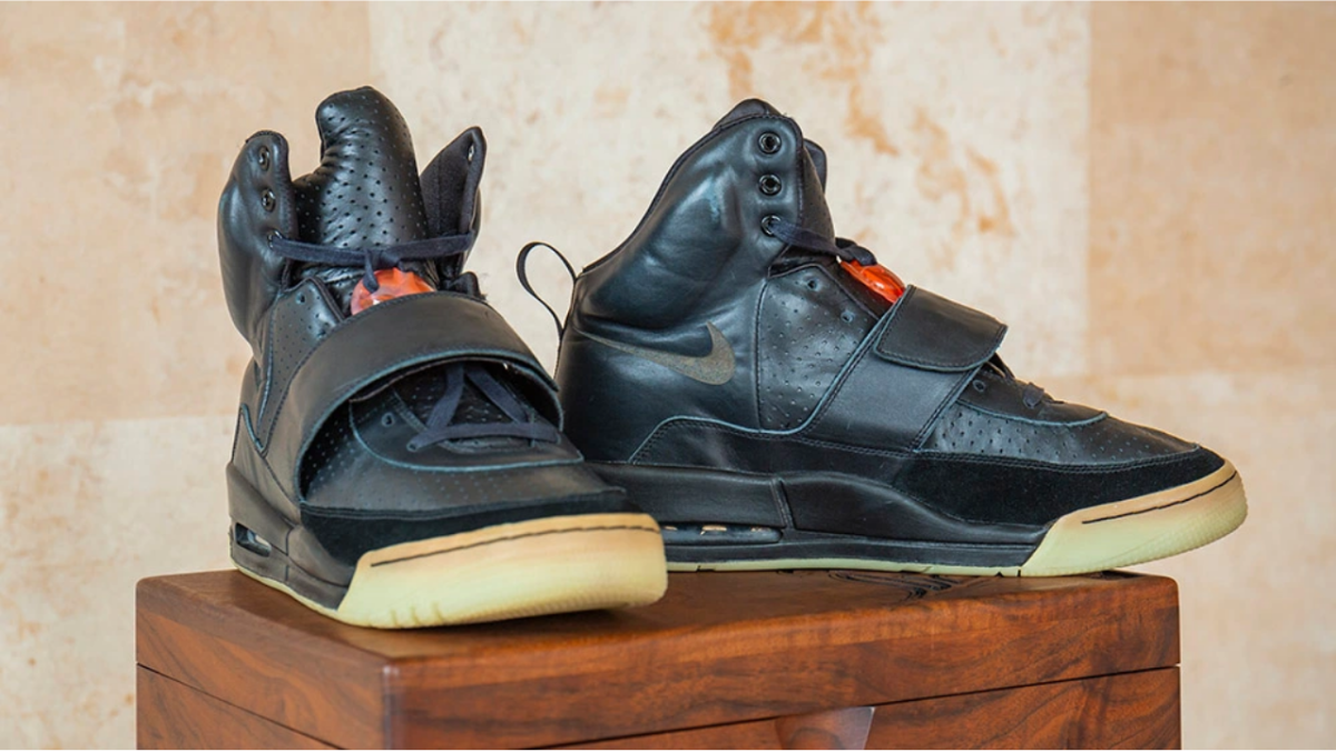 "Kanye West's ""Grammy Worn"" Nike Air Yeezy"