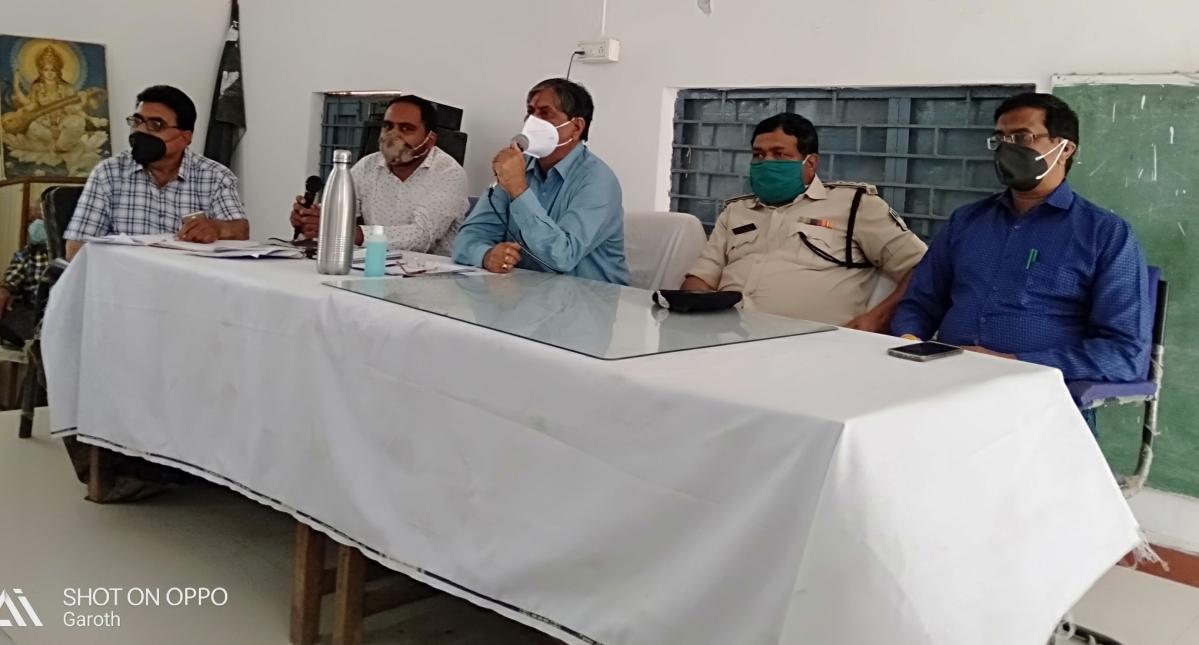 Local administration during meeting at Garoth