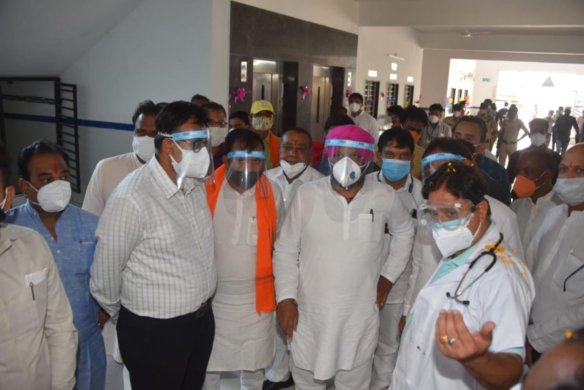 Madhya Pradesh: Administration looks away as politicians in Meghnagar violate Covid protocols