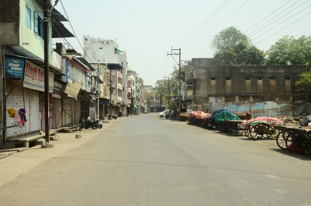 GLIMPSES OF LOCKDOWN: After the state-wide 60-hour lockdown to break the Covid-10 chain came in force, the roads in the DAULATGANJ-MALIPURA area wore a deserted look, in Ujjain on Saturday