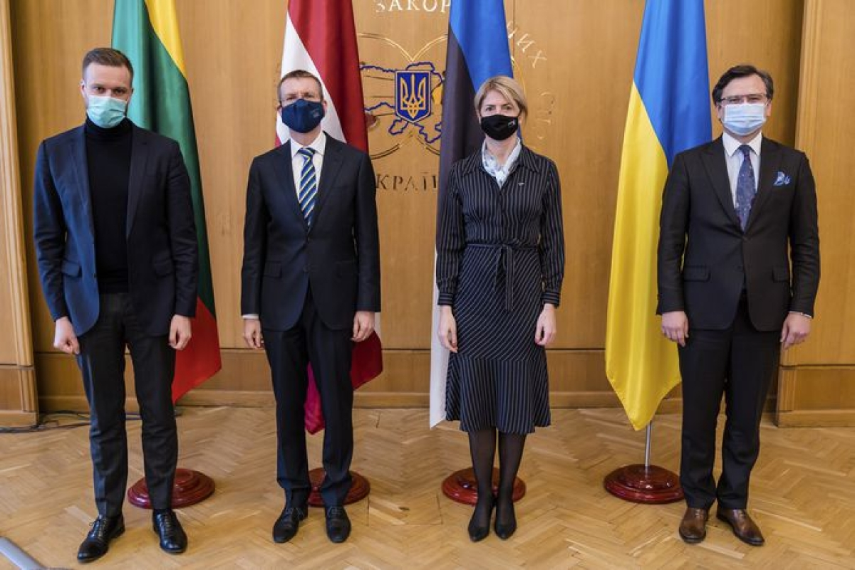 (From left) Lithuanian Foreign Minister Gabrielius Landsbergis, Latvian Foreign Minister Edgars Rinkevics, Estonian Foreign Minister Eva-Maria Liimets and Ukrainian Foreign Minister Dmytro Kuleba pose for a photo prior to their talks in Kyiv, Ukraine, on Thursday.