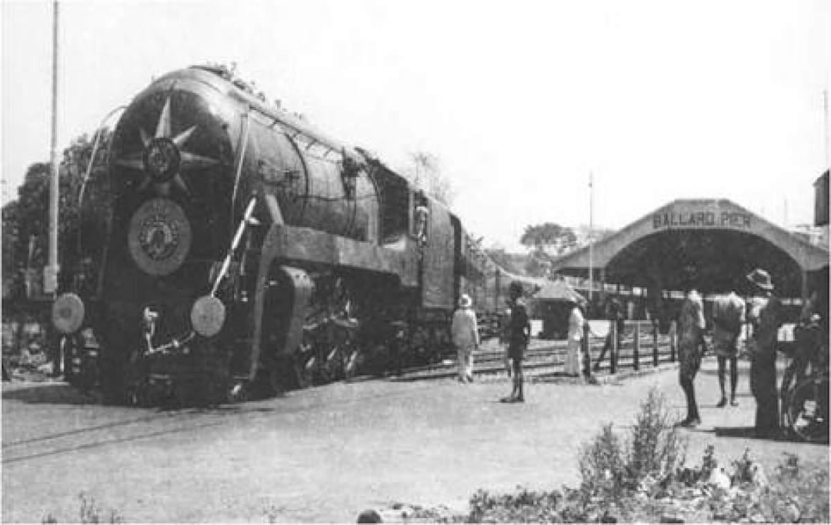 India's first passenger train was flagged off on 16 April 1853 at 3.35 pm and it carried 400 passengers.