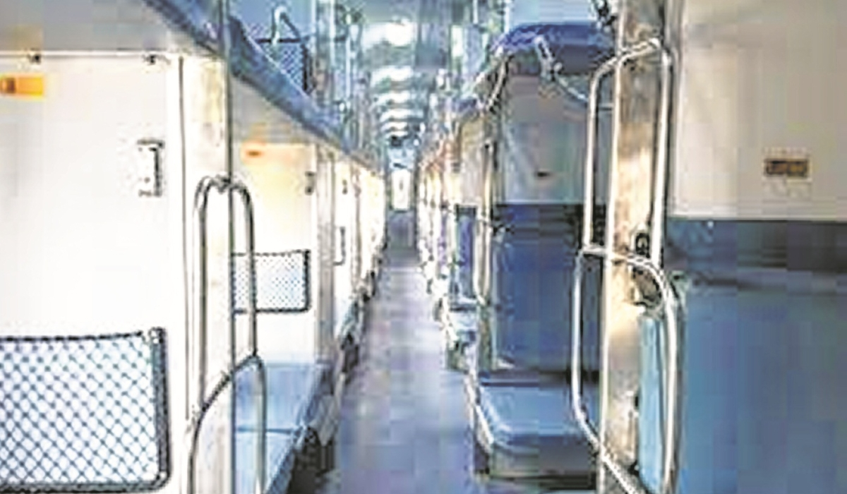 Trains entering Maharashtra running almost empty: Railways