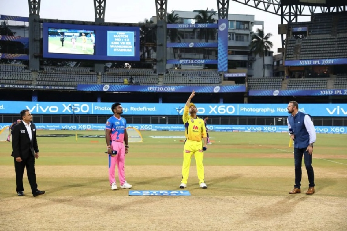 Mahendra Singh Dhoni Captain of Chennai Super Kings and Sanju Samson (c) of Rajasthan Royals at toss during match 12 of the Vivo Indian Premier League 2021 between the Chennai Super Kings and the Rajasthan Royals held at the Wankhede Stadium Mumbai on the 19th April 2021.