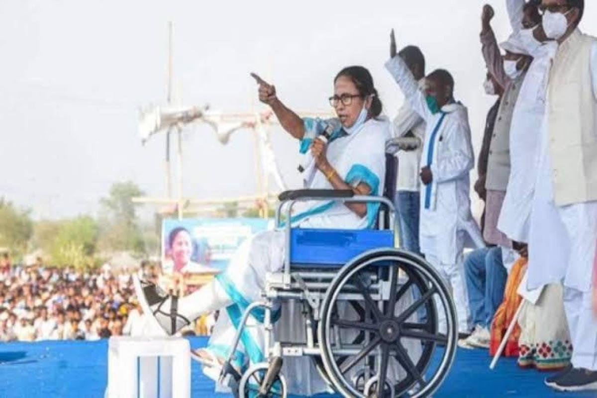 'Direct attack on democracy': Sanjay Raut slams EC for ban on Mamata Banerjee