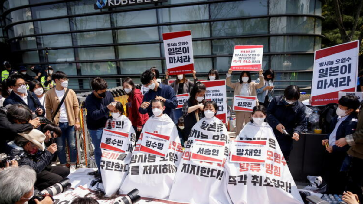 South Korean students are shaving their heads in protest; HERE's why