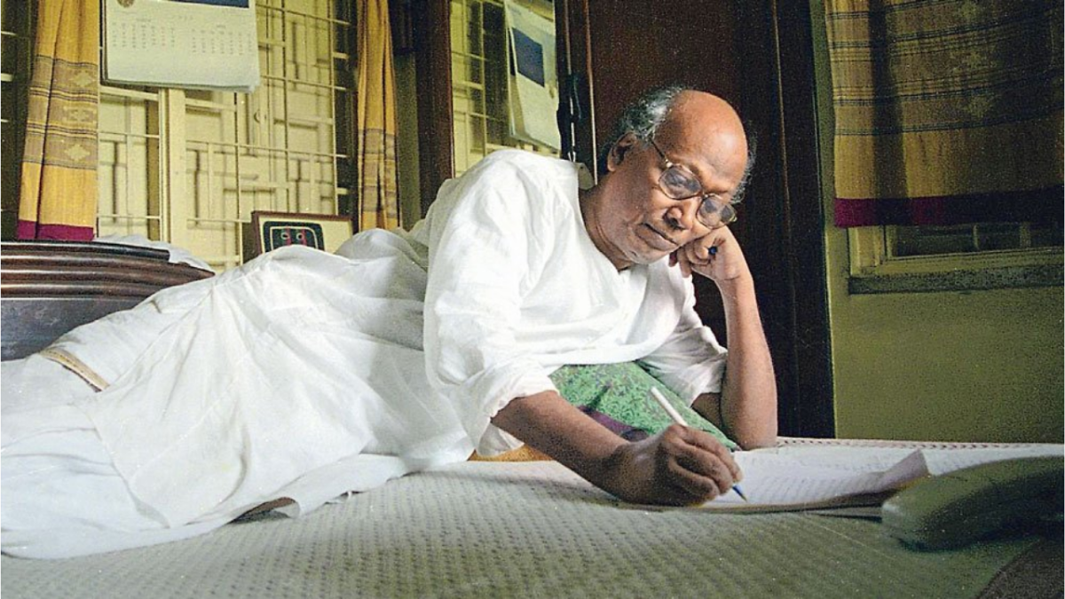 West Bengal: PM Modi, Amit Shah along with Mamata Banerjee condole death of poet Shankha Ghosh