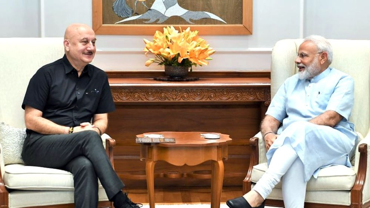 Netizens slam 'spineless' Anupam Kher for his 'Aayega Toh Modi Hi' tweet amid COVID-19 crisis
