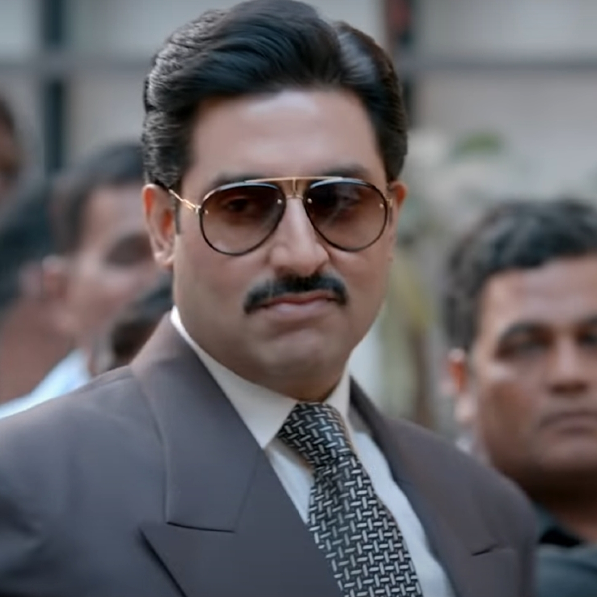 Abhishek Bachchan has an epic reply to netizen who mocked his acting skills in 'The Big Bull' review