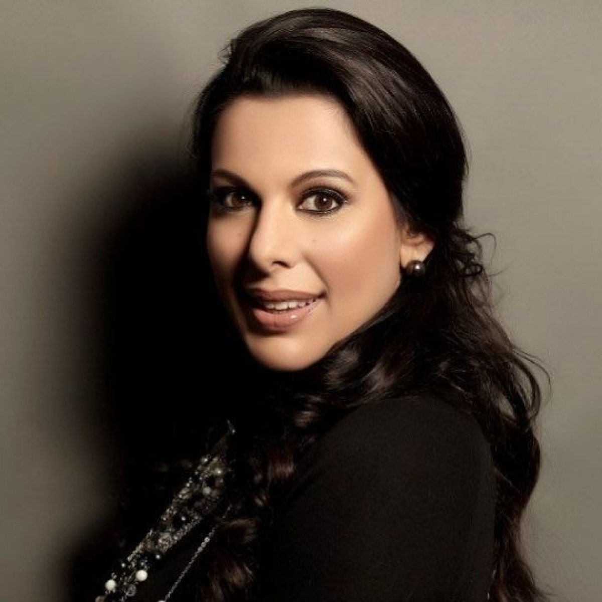 'Goa has too much Feni': Pooja Bedi slammed for spreading 'misinformation' by giving medical advice on Twitter