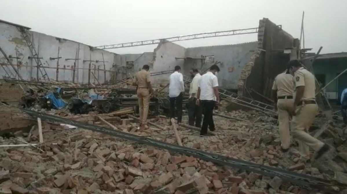 Three killed, others injured after wall collapses at construction site in Maharashtra's Bhiwandi