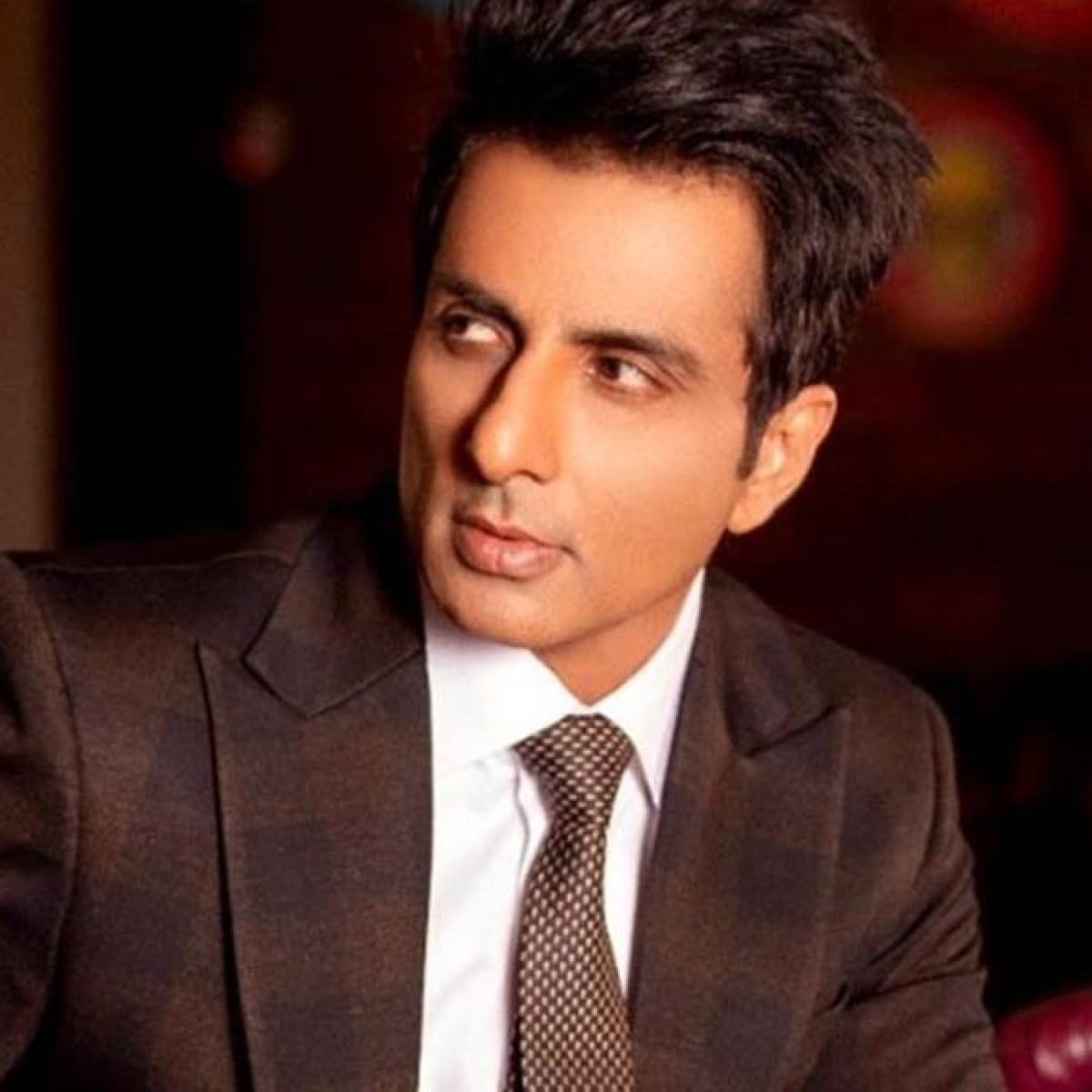 Fan observes Navratri fast for COVID-positive Sonu Sood, actor says 'people of our country need your prayer more than me'