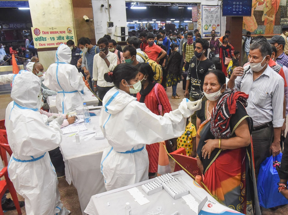 India sets new COVID-19 record with over 1.84 lakh cases, 1,027 deaths in last 24 hours