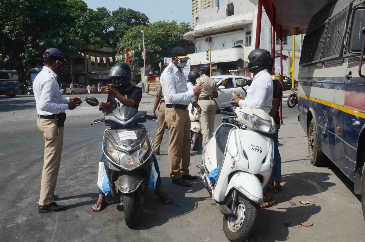 Mumbai: 90 booked for flouting COVID-19 norms on Day 1 of Janta Curfew