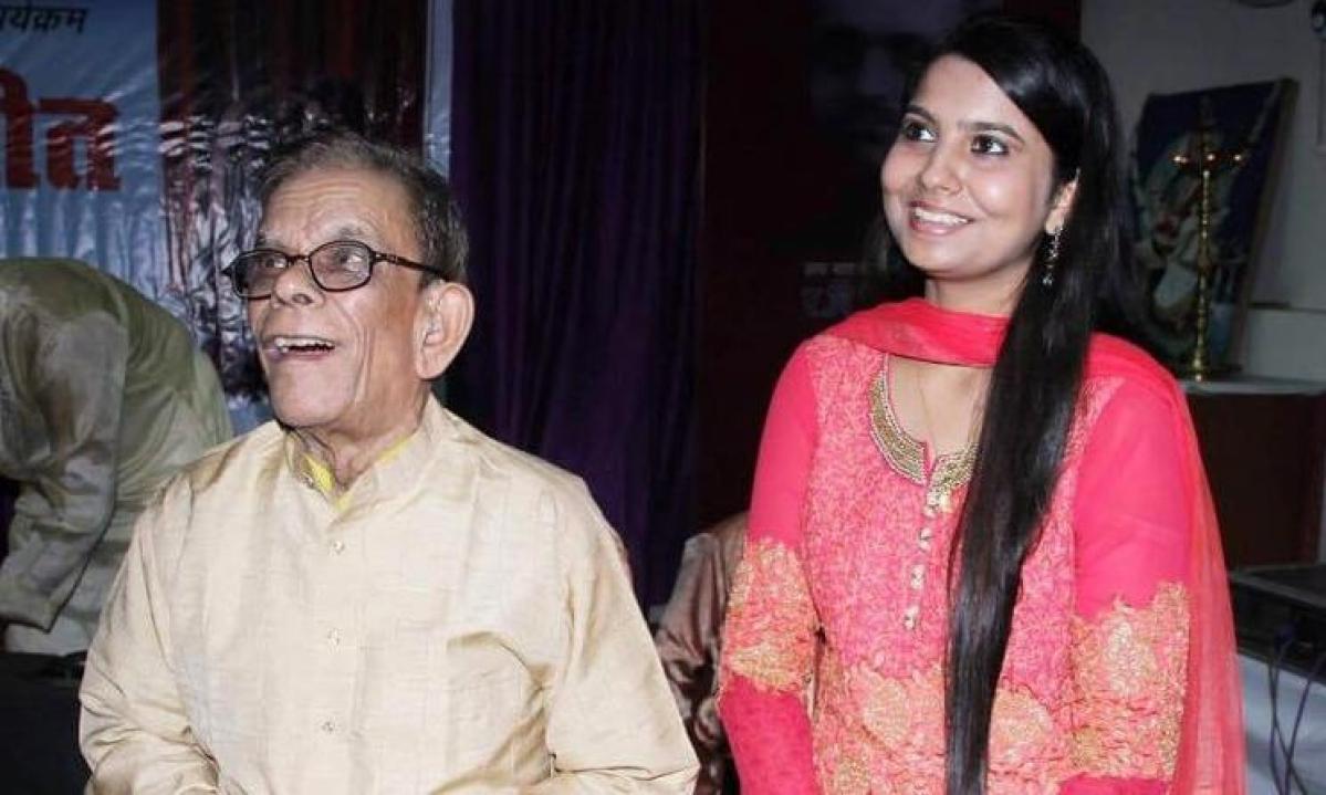 Pandit Siddharama Swami Korwar with singer Aakritti Mehra