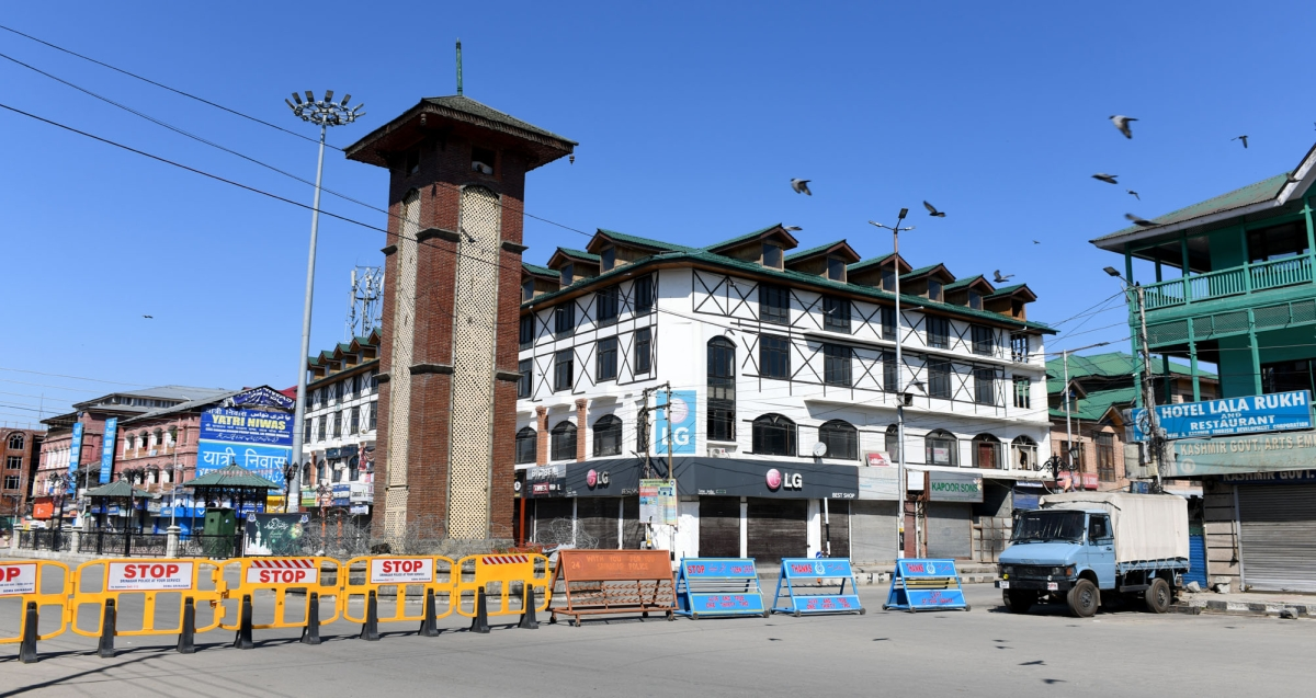 A deserted view of City Center Lalchowk during a weekend curfew imposed in Srinagar, Kashmir amid a countrywide spike in coronavirus cases.