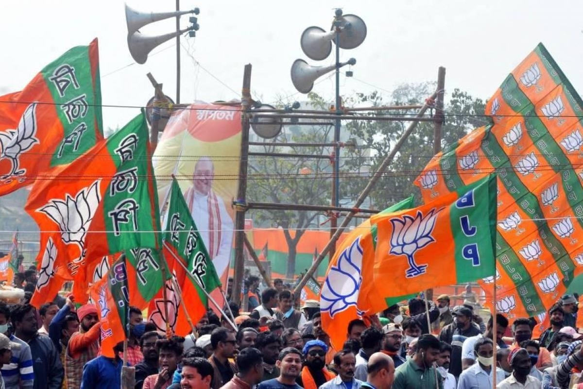 Bengal poll outcome: In the end, BJP it was that turned out to be 'bohiragoto', writes Robin Roy