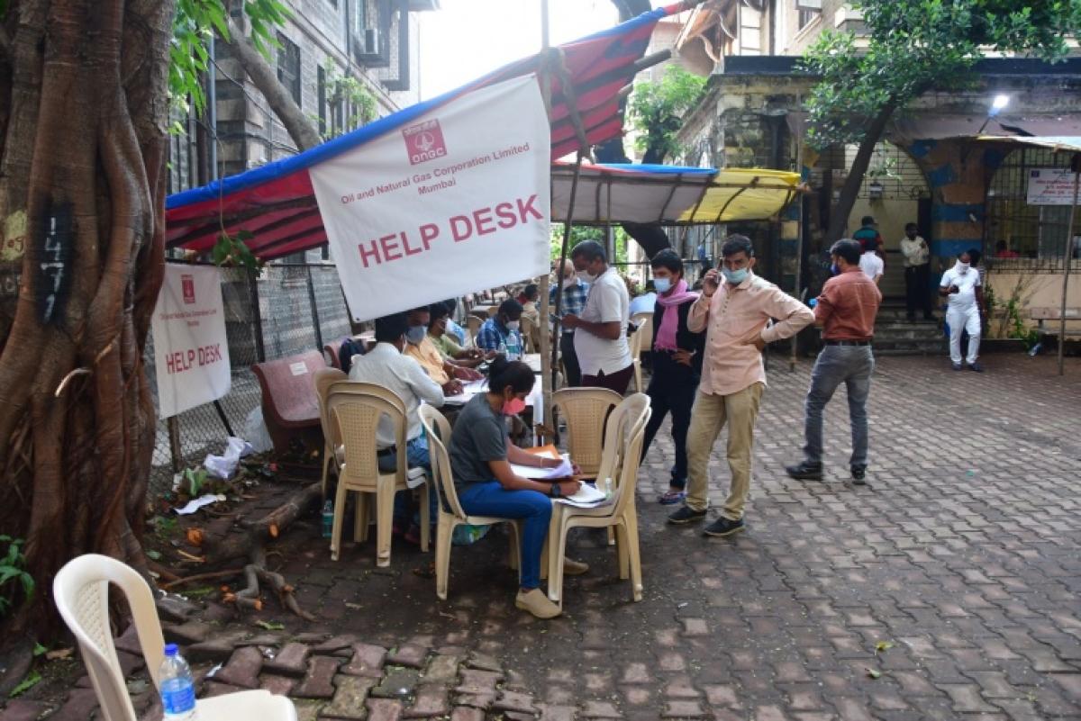 Help desk outside JJ Hospital in Mumbau