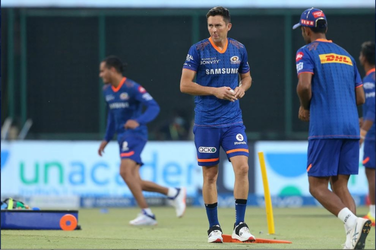 Trent Boult of Mumbai Indians during match 27 of the Vivo Indian Premier League between the Mumbai Indians and the Chennai Super Kings held at the Arun Jaitley Stadium, Delhi, India on the 1st May 2021