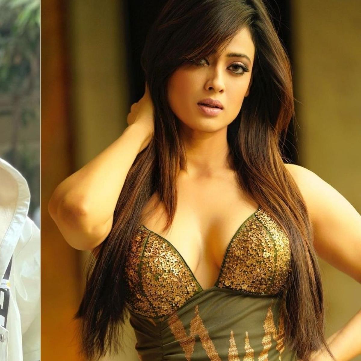Watch: Shweta Tiwari, 40, flaunts her abs, impresses 'Khatron Ke Khiladi' co-contestant Arjun Bijlani
