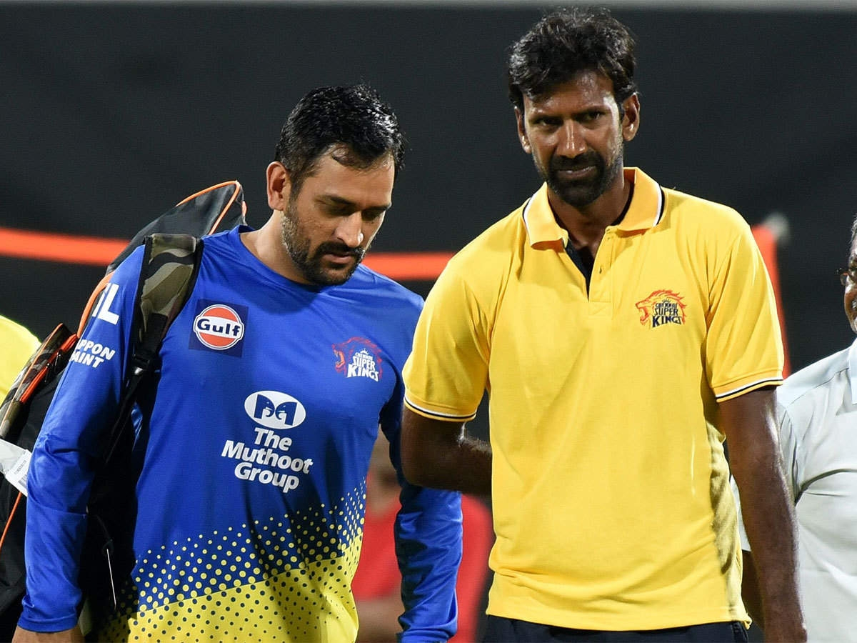 It is believed that L Balaji (R) is the support staff who has tested positive