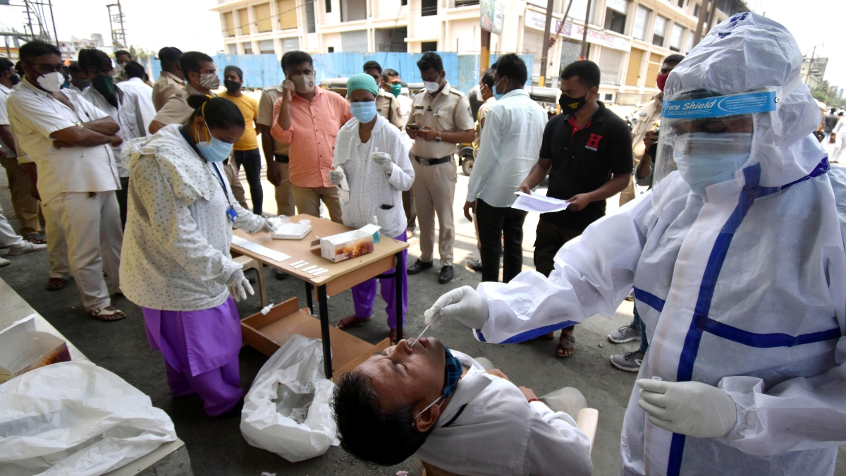 India records single-day spike of 4.03 lakh COVID-19 cases, 4,092 deaths