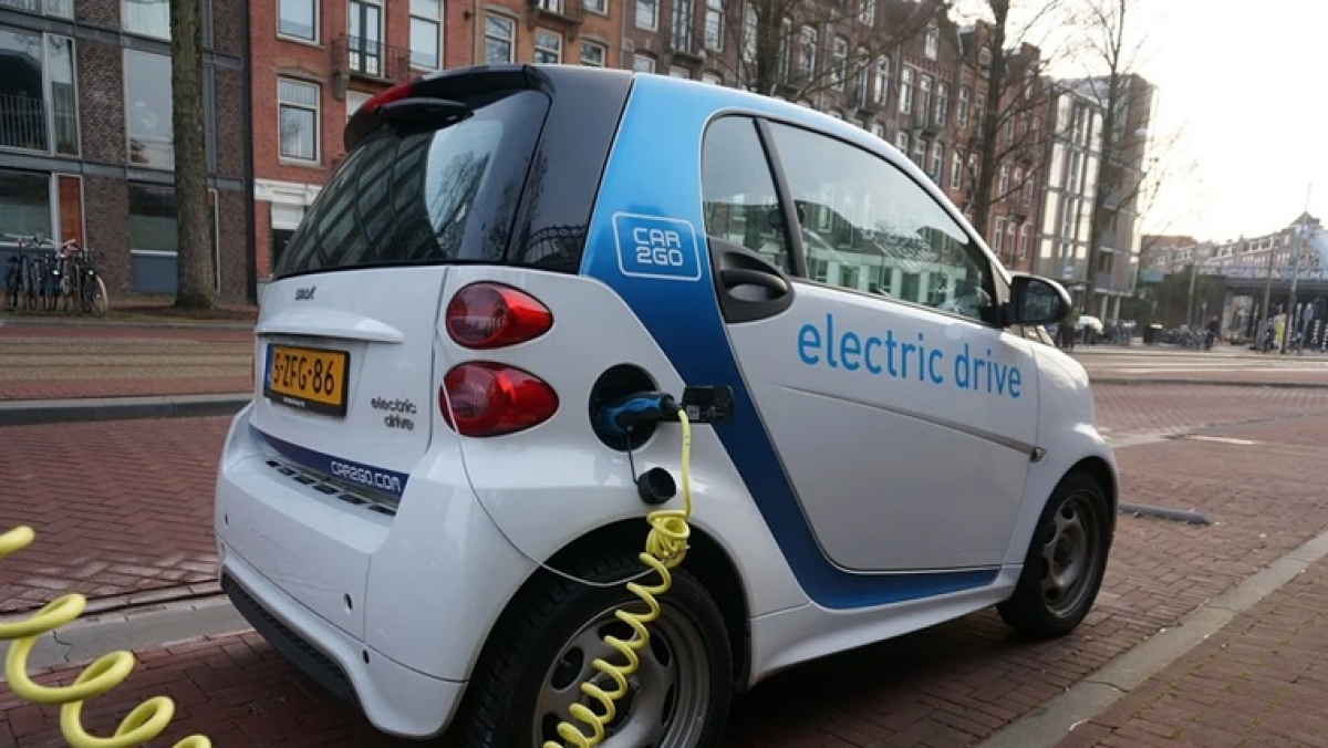SIAM to host 13th edition of the Lecture series on 'Electric Vehicles in India: On-Road Safety, Operations & Maintenance'
