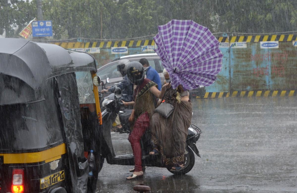 Cyclone Tauktae: Modi calls Thackeray after Tauktae hits Maharashtra