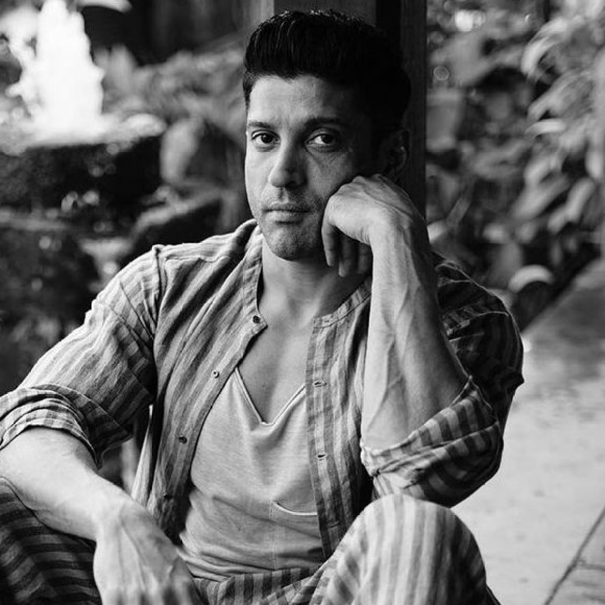 Farhan Akhtar expresses his views on election coverage, says 'one can't help but be saddened after watching it'