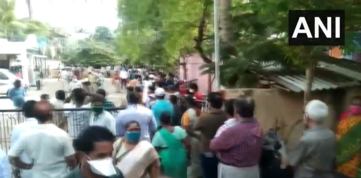 Watch Video: Massive crowd outside a vaccination center in Andhra Pradesh; COVID-19 norms go for a toss