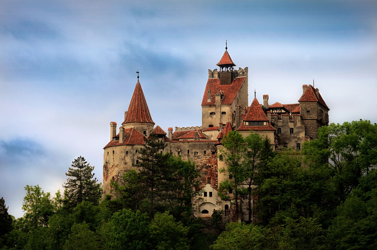 Visitors set to leave Dracula's castle in Romania with puncture wounds as it begins offering free COVID-19 vaccines