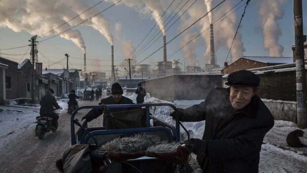 China emits more greenhouse gases than first world