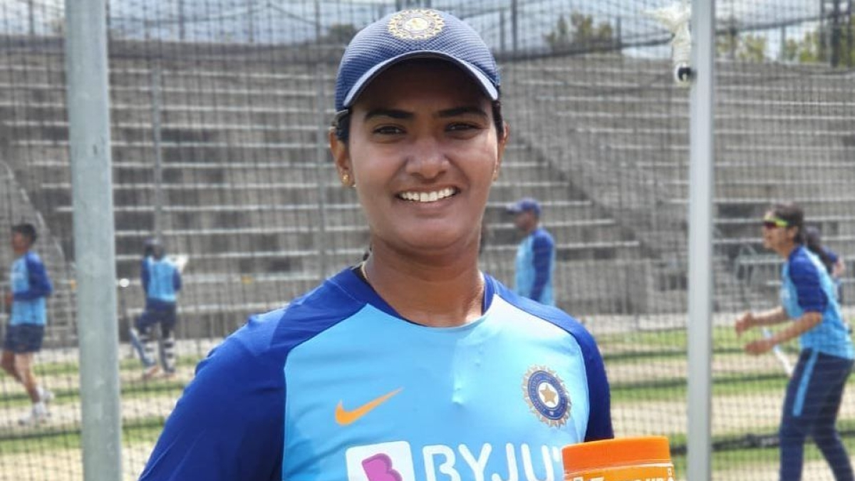 Shikha Pandey Birthday Special: Adorable moments of the IAF officer and cricketer