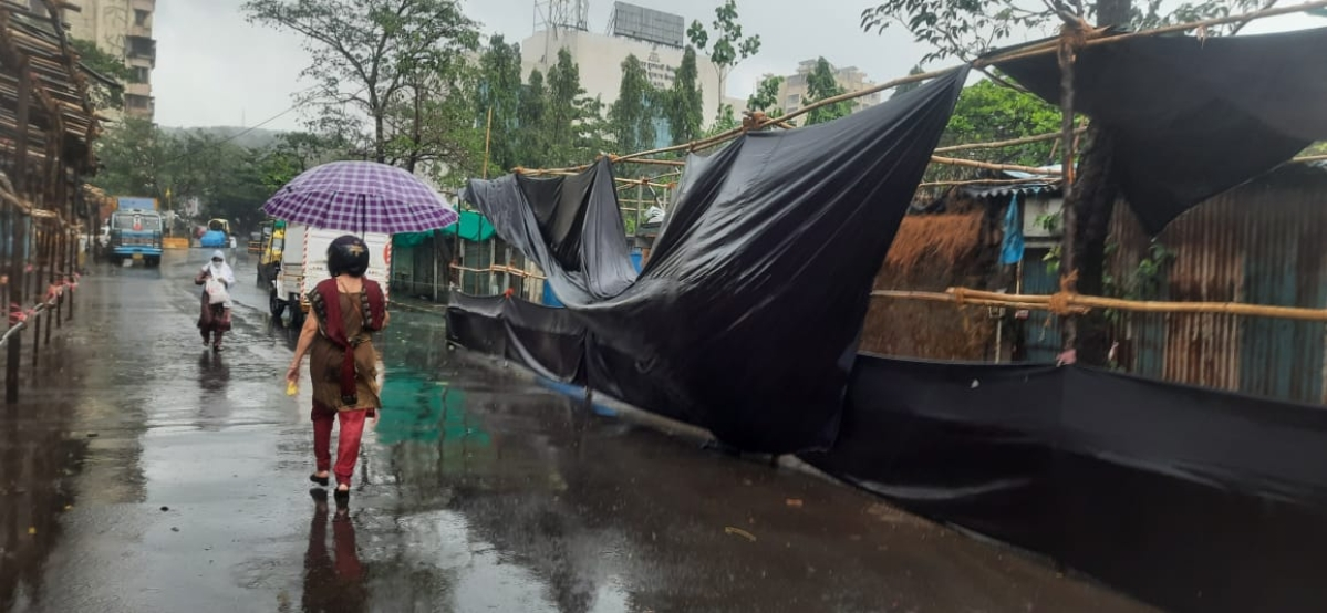 Tent erected in Dahisar for COVID-19 vaccination collapses due to strong, gusty winds caused by Cyclone Tauktae in Arabian sea on May 17, 2021.