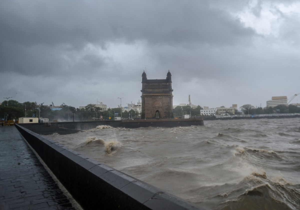 Cyclone Tauktae wreaks havoc in Mumbai, Indian Navy dispatches two ships to rescue around 273 personnel of ONGC