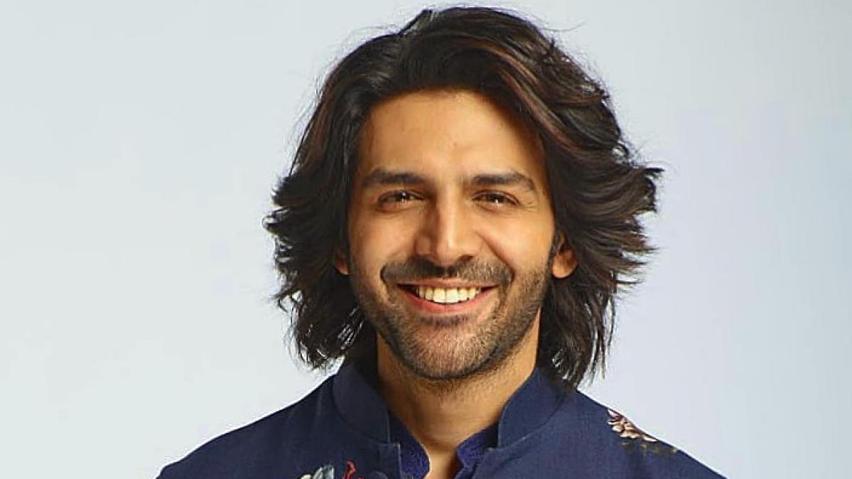 After Karan Johar's 'Dostana 2', Kartik Aaryan dropped from Shah Rukh Khan's 'Freddy'?