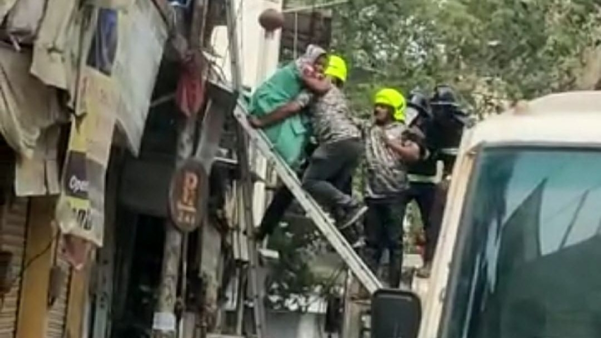 The rescue team in action
