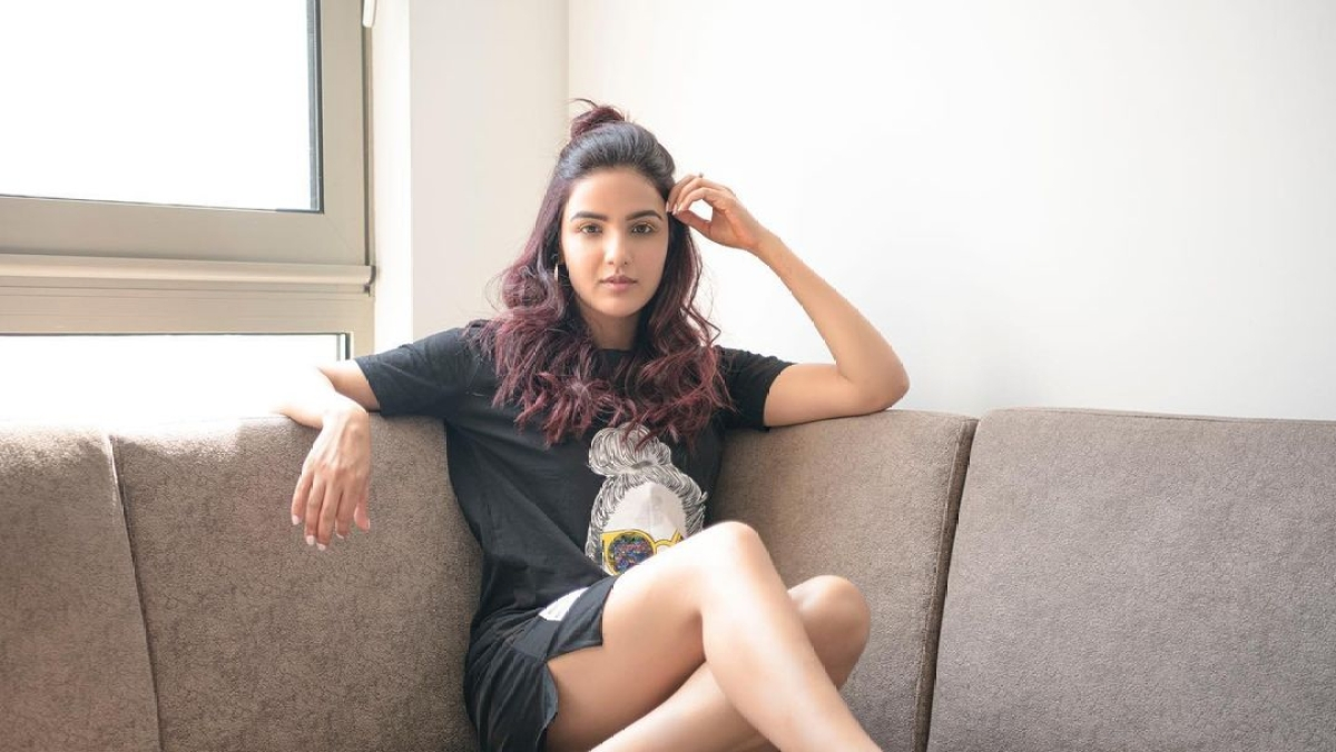 Jasmin Bhasin talks about being 'misjudged', says 'I don't let fame hit my head'