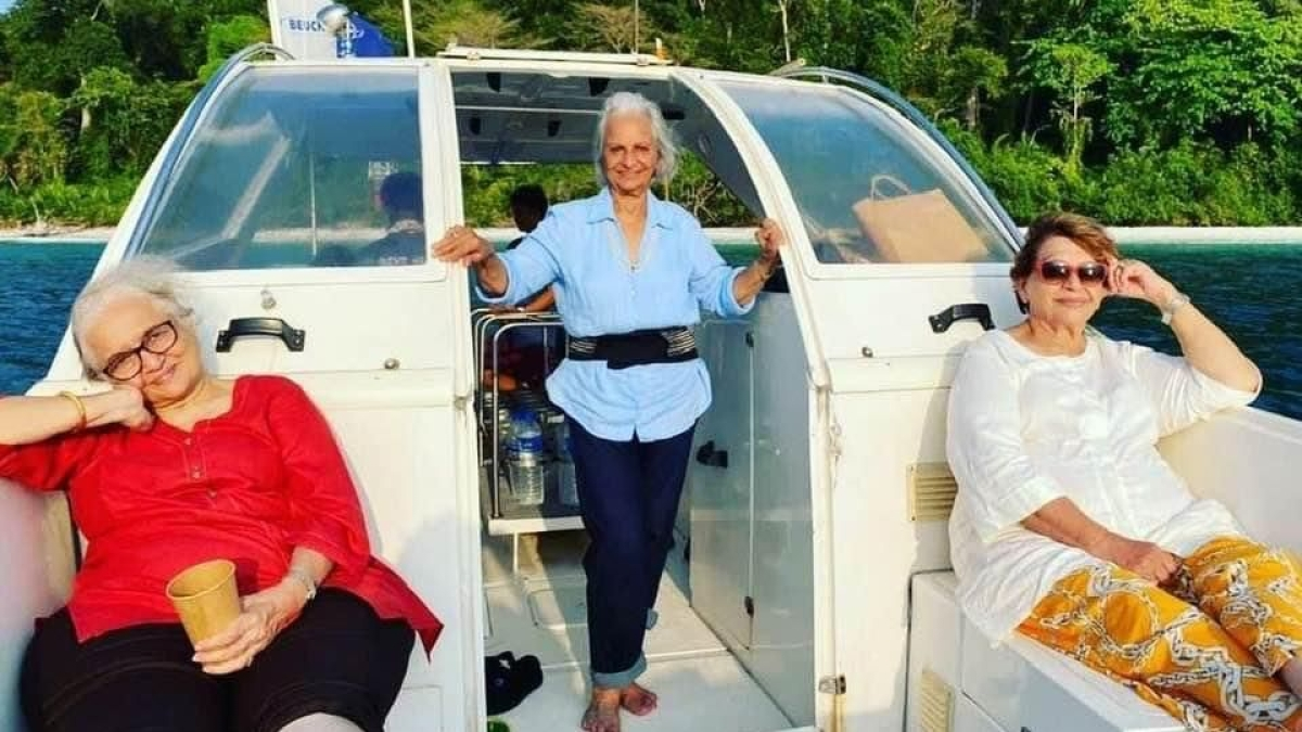 In Pics: Waheeda Rehman, Asha Parekh, and Helen recreate 'Dil Chahta Hai' moment in Andaman