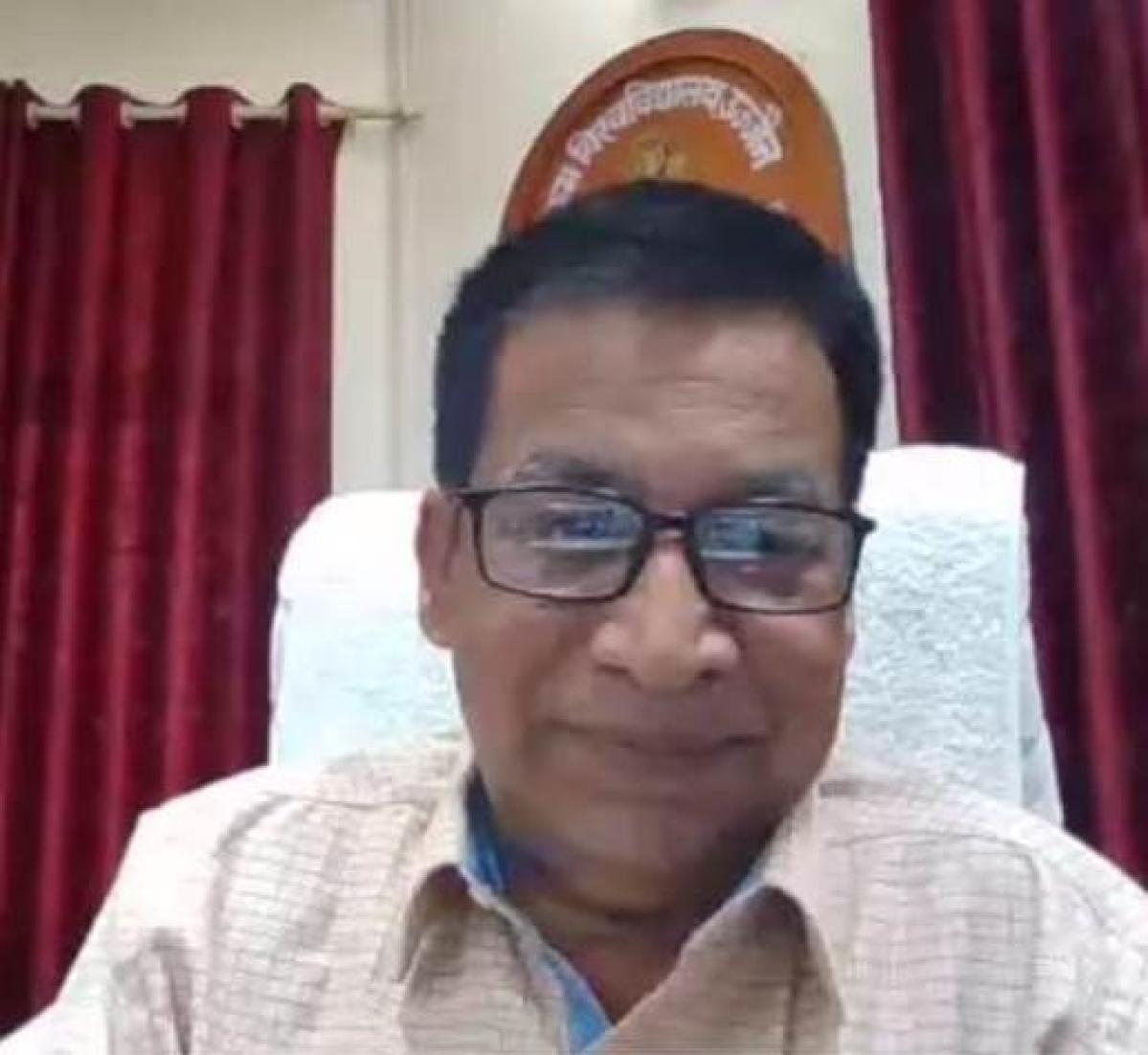 Vikram University vice-chancellor Prof Akhilesh Kumar Pandey delivering an inaugural speech in a week-long national awareness online programme.