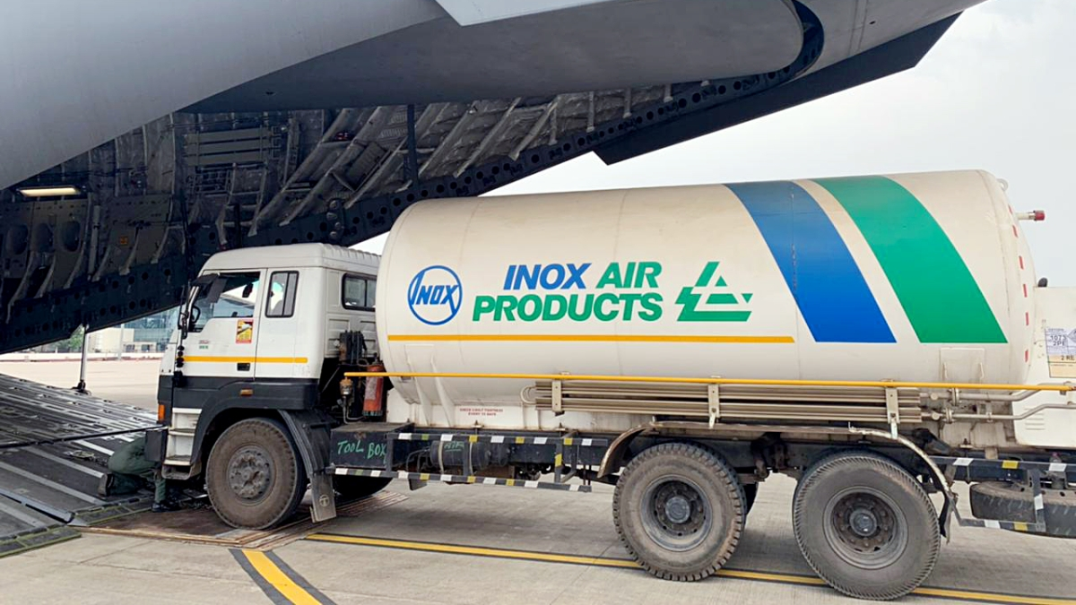 IAF brings oxygen cylinders, other equipment from UK