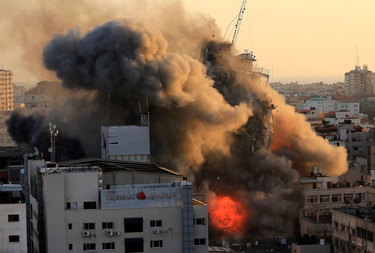Israel-Palestine violence: UN warns conflict could escalate into 'full-scale war'